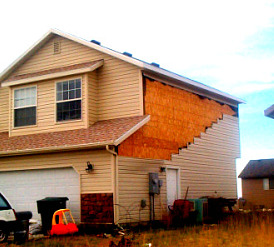 vinyl siding wind-damage